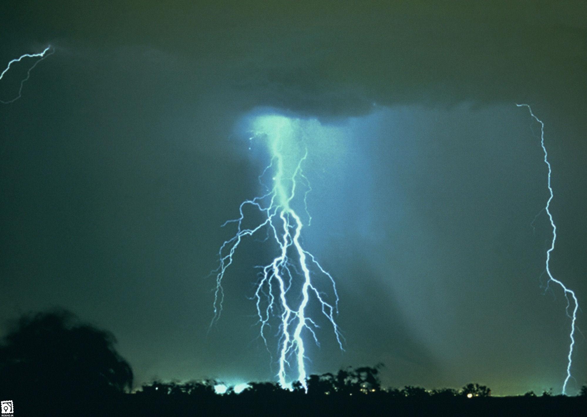 هوا شناسی شهرستان خوی پدیده های زمین شناسی شهرستان بردسکن - آذرخش